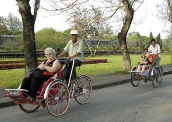 de couverte des patrimoines mondiaux au vietnam, balade en cyclo-pousse