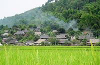 Sejours vietnam: vietnam fascinant, decouverte du marche bac ha