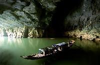 sejours au vietnam, decouverte  de la grotte phong nha ke bang