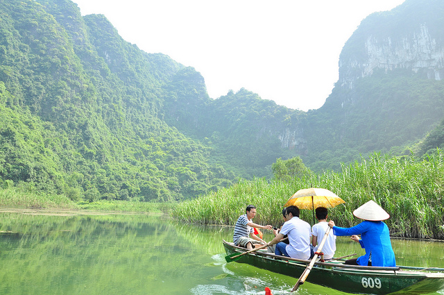 voyages vietnam authentique, trang an