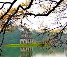 voyages vietnam, de couverte des patrimoines mondiaux au vietnam, le lac de hoan kiem